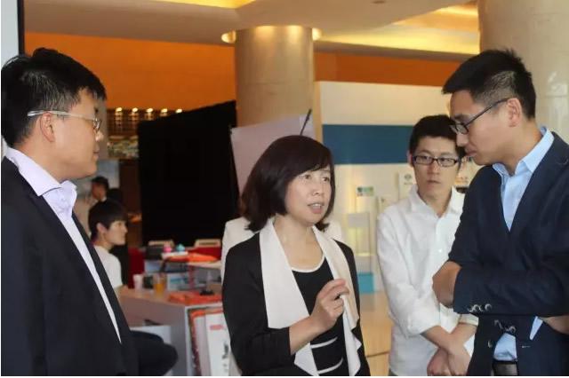 北京首都国际机场股份有限公司领导参观联想展区